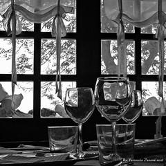 Piacevoli sensazioni -Per osservare (Premere tasto L) (Ferruccio Zanone) Tags: oropa canal secco calici ristorante montagna vino autunno calore