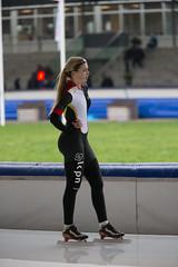A37W0705 (rieshug 1) Tags: speedskating schaatsen eisschnelllauf skating nkjunioren knsb nkjuniorenallroundafstanden afstanden allround 50010001500massstart demeent alkmaar sportcomplexdemeent juniorenb ladies dames 3000m