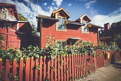 (c) Wolfgang Pfleger-8727 (wolfgangp_vienna) Tags: sweden schweden sverige waxholm vaxholm island stockholm schären wood wooden holzhaus red rot