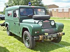 240 Austin Gipsy Ser,II (1967) (robertknight16) Tags: austin british 1960s bmc gipsy mudlark landrover 4wd 4x4 suv luton nhv198e