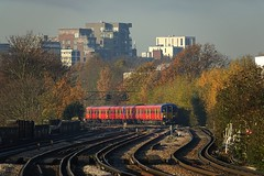 455s From Putney (Deepgreen2009) Tags: 455 swt railway train putney suburban red london autumn