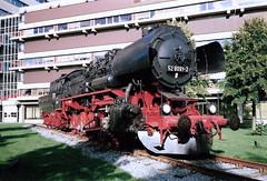 Stoomloc BR 52 8091-2 als statisch monument voor het AMC. (Dicky.1952) Tags: stoomloc dampflok locomotive ziekenhuis hospital паравоз dampflokomotive amsterdam amc academischmedischcentrum steamlocomotive vsm