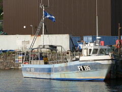 Nemesis FY115 (Mrtainn) Tags: bag lumix boot scotland boat highlands barca barco alba escocia panasonic bateau alban szkocja bt esccia nemesis schottland btur bote westerross vene schotland d ecosse lochalsh scozia txalupa paat fanas skottland rossshire laiva skotlanti skotland kyleoflochalsh bd kayk bd ladja  broskos varca balca caollochaillse csnak  valtis esccia skcia  albain brka bta iskoya   lun barc lochaillse gidhealtachd taobhsiarrois siorramachdrois llancha scoia  battellu fz48 dmcfz48 panasonicfz48 panasonicdmcfz48 skath fy115