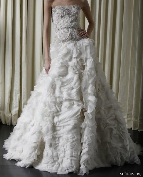 Vestidos de noiva com babado