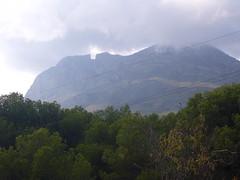 Bonitas vistas a la montaña. Solicite más información a su inmobiliaria de confianza en Benidorm  www.inmobiliariabenidorm.com