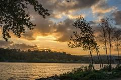 Tropical Missouri (Explored) (Tiger Imagery) Tags: bridge sunset landscape illinois nikon missouri mississippiriver nationalgeographic hannibalmissouri hannibalmo nikond7000