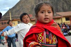 Crianas (Sarah Oliveira Fernandes) Tags: peru vale crianas incas ollantaytambo sagrado quechua