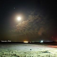 Sam photographer (سامر اللسل) Tags: me rose follow jeddah followme البحرين منصوري عمان تصويري جدة الباحه مصور الطائف فوتوغرافي الجنوب {flickrandroidapp}:{filter}=none {vision}:{mountain}=07 {vision}:{sky}=0705 {vision}:{clouds}=085