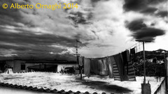 Bucato (Alberto04) Tags: italy sun clouds tv europa europe flickr italia bn wash laundry napoli sole ischia bianco nero hdr antenna biancoenero bucato pannistesi nubi terrazza panni stesi photomatix antennatv provinciadinapoli canoneos700d