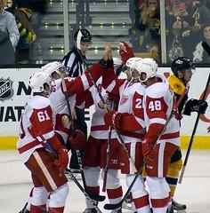 Detroit celebrates their 5th goal (Odie M) Tags: nhl hockey icehockey boston tdgarden preseason teamsport sport ice detroitredwings bostonbruins antonblidh xavierouellet lukeglendening drewmiller ryansproul steveott