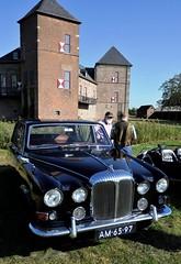 Daimler 420 Limousine and Burg Zelem (Pim Stouten) Tags: arden british car auto wagen pkw vhicule macchina burgzelem jag jaguar daimler limo limousine 420 420g