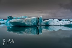 Glacier ice, Jkulsrln, Iceland (thesharkhunter) Tags: jkulsrlnglacierlagoon glacier ice water iceland melting globalwarming sonya7rii gregbottle