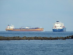 Stolt Tanker passing Wilpride off The Lizard (mukaloon) Tags: oil tanker lng cornwall lizard