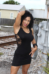 Latina Hermosa en Ferrocarril (California Will) Tags: edna model latina ybor city tampa fl florida blackdress beauty beautiful beaut hermosa railroad
