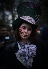 DSC00978 (une_semaine) Tags: zombie pairs place rpublique