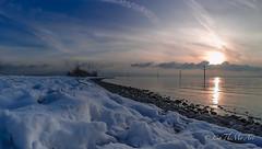 Langenargen am Malerwinkel (CaTheMo Art) Tags: bodensee langenargen yachthafen winter stille sonnenuntergang schnee weitwinkel