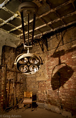 Old Operating Room (Greg Adams Photography) Tags: surgery operatingroom easternstatepenitentiary pennsylvania pa philadelphia philly hhsc2000 fall 2016 prison jail history historic historical decay medical yesteryear color old