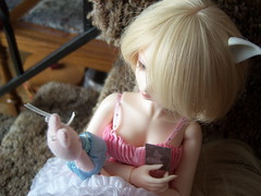 100_2575 (EilonwyG) Tags: bjd abjd luts kiddelf elfcherry