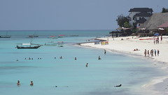 Zanzibar, Tanzania - Sept/Oct 2016 (Keith.William.Rapley) Tags: zanzibar tanzania october2016 keithwilliamrapley rapley sand sandybeach beach bluesea sea