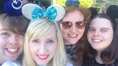 Florida 2016 (Elysia in Wonderland) Tags: disney world orlando florida holiday 2016 elysia lucy amy pete saratoga springs bus stop resort hotel minnie mouse ears