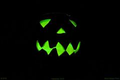Halloween 2016 (ironmember) Tags: halloween zucca picturecontrol picturestyle pcon nikon ininterni albuio sfondonero manolibera terrore magia paura fantasma ghost ectoplasma