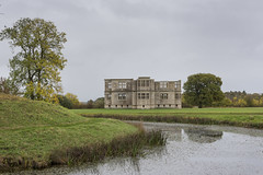 Lyveden New Bield, Autumn. (miketonge) Tags: moat tresham manorhouse northamptonshire lyveden lyvedennewbield