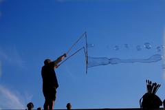 a windy day (Wackelaugen) Tags: bubbles hamburg germany sky canon eos photo photography wackelaugen
