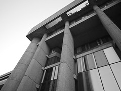 Hurley angle (iMatthew) Tags: brutalism brutalistarchitecture architecture bostonarchitecture boston governmentcenter bw