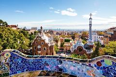 Schne Scherben (fresch-energy) Tags: barcelona spanien spain katalonien stadt city cityscape scherben shards scherbe shard bunt colorful farben farbe colors color sonne sun sunshine sonnenschein sonnenlicht architektur architecture gaudi modernismus modernism sony a77