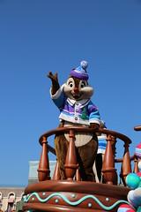 Disney Christmas Stories (sidonald) Tags: tokyo disney tokyodisneyland tdl tokyodisneyresort tdr disneychristmasstories christmas parade     chip