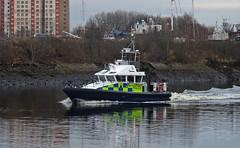 Tiree (Bricheno) Tags: renfrew river clyde riverclyde clydebank scotstoun boat powerboat bricheno scotland escocia schottland cosse scozia esccia szkocja scoia    police