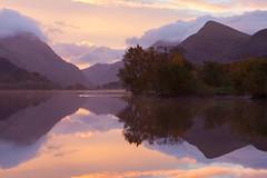 Llyn Padarn Reflection (Carl Hall Photography) Tags: autumn landscape llynpadarn northwales reflection sunrise mountain pink snowdonia still wales