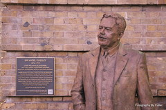141. Sir Nigel Gresley, KX Stn, London. 10-Sept-16. Ref-D123-P141 (paulfuller128) Tags: london uk england kings cross sir nigel gresley station