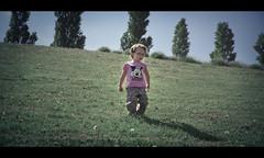 La petite maison dans la prairie (Jerry Art Motion) Tags: motion art children kid walk jerry miller prairie enfant bébé champ jerrydsign