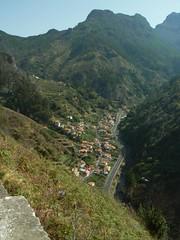 Lombo do Moleiro and Encumeada Tunnel, Madeira (uempe (only sporadically here)) Tags: digital europe europa photo foto panasoniclumixdmcfz7 panasonic 2013 portugal madeira encumeada lombodomoleiro village dorf tunnel mountain berg gebirge valley tal landscape landschaft nature natur