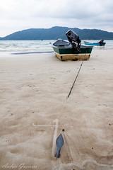 Marea baja (low tide) (Andrés Guerrero) Tags: beach boat barca tide playa malaysia anchor islas perhentian ancla pulauperhentiankecil malasia perhentianislands revelar perhentiankecil islasperhentian