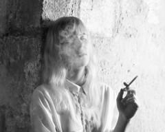 2013-09-27 - _DSC8966 (JulienTocanier) Tags: woman girl rock vintage moss kate smoke femme d700 julient julientocanier tocanier julientphotographie