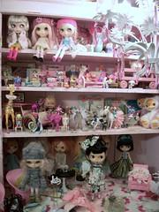 Dolly Shelf Sunday~~~