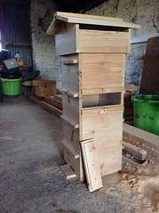 Natural-beekeeping.co.uk 1 Windowed Warre Beehive