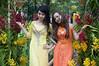 (kuuan) Tags: flowers ladies girls 85mm posing olympus vietnam mf f2 tet saigon zuiko manualfocus hcmc fzuiko f285mm olympusfzuikoautotf285mm