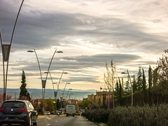 Hay algo que me gusta mas que las flores en el mes de marzo ... (Micheo) Tags: clouds nubes lamps farolas