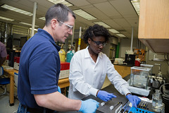 _FAMU_College_of_Engineering0008_2014-04-24 (famu.univadv) Tags: female landscape lab faculty collegeofengineering famu
