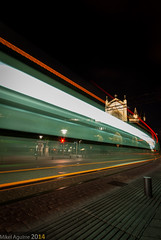 Autopista al cielo (Perluti) Tags: city longexposure light urban luz night train noche movement nikon flickr cityscape tram sigma ciudad movimiento trail le vitoria gasteiz araba vitoriagasteiz lighttrail argia tranva lava sigma1020mm gaua 10mm mugimendua d3000 alavavision perluti mikelaguirre largaexpoisicin