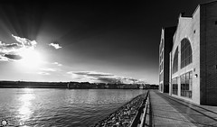 South Shields (Silent Eagle  Photography) Tags: sunset sea bw reflection clouds canon silver photography shadows silent eagle south tyne wear deaf sep tyneside shields silenteagle09