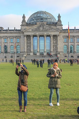 Berlin suggestions (salvatore zizi) Tags: berlin berlino berliner ermania deutch deutchland germany winter tedsco tedeschi people urban mitte jente salvatore zizi center zentrum reichstag bundestag tiergaten