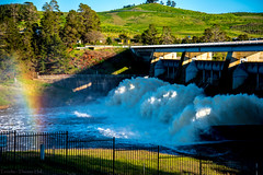 Scrivener Dam, Lake Burley Griffin (Theresa Hall (teniche)) Tags: australia canberra canberraaustralia scrivenerdam teniche theresahall yarraluma dam outdoor outdoors rush water waterway nikon nikond750 d750 lakeburleygriffin lake molongoloriver river
