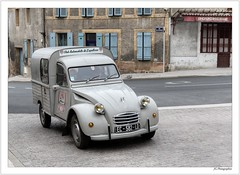 2 CV fourgonnette (JG Photographies) Tags: europe france french auvergne allier lapalisse voiture 2cv citroen fourgonnette jgphotographies canon7dmarkii