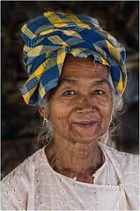 Myanmar. Old woman's smile. (leonhucorne) Tags: asie travel voyage myanmar birmanie woman old smile portrait