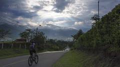 Mountain bike in Colombia  ( In Explore) (JOMAGACOL) Tags: mtb mountain bike ciclomontaismo cicla november rain valledelcauca deporte sports clouds pedal rueda cadena colombia pentax