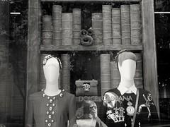 Dolce & gabbana selfportrait.. Autoportrait Dolce & gabbana.. (alainpere407) Tags: alainpere selfportait autoportrait luxe parisnoiretblanc streetsofparis candidpictureinparis parisinsolite saariysqualitypicturesgallery